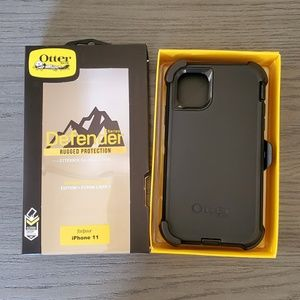 iPhone 11 Otterbox Defender series Case